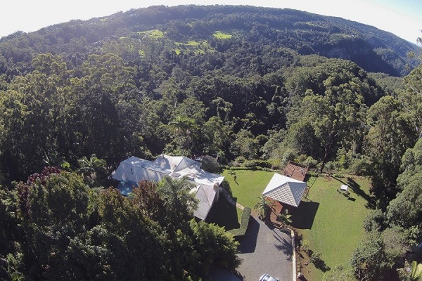 mt tamborine holiday rentals