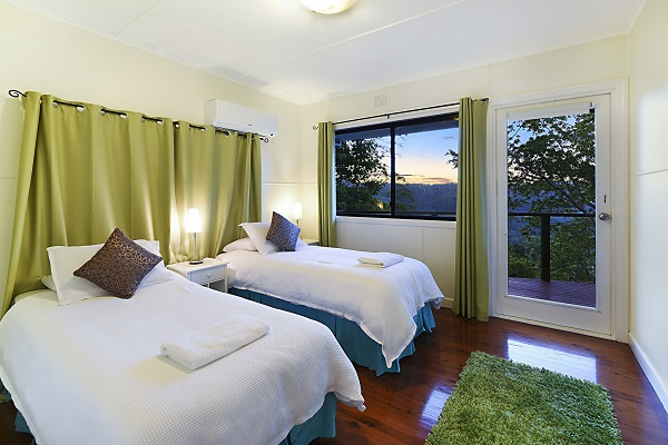 mt tamborine family accommodation