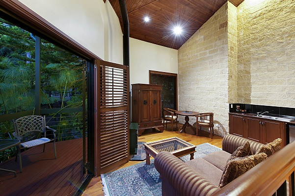mt tamborine romantic accommodation